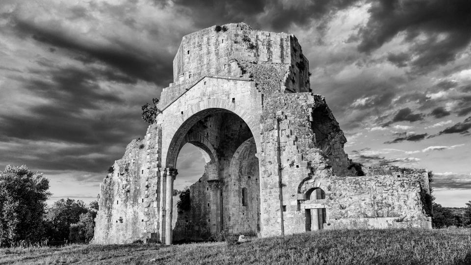 Veduta del monastero di San Bruzio, Magliano in Toscana (GR), luogo evento stellare del gruppo ISO100